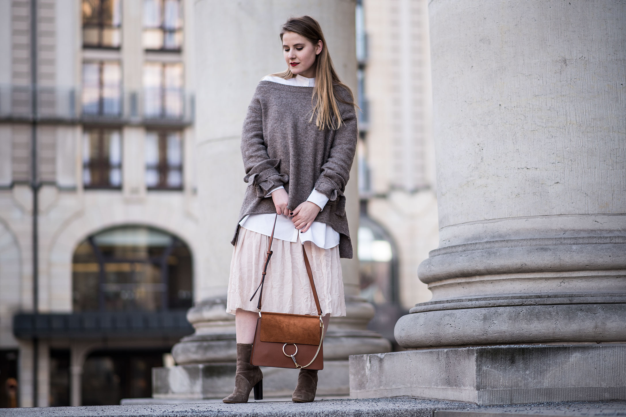 valentines-day-outfit-plisee-skirt-off-shoulder-jumper-chloe-faye-dupe-florafallue