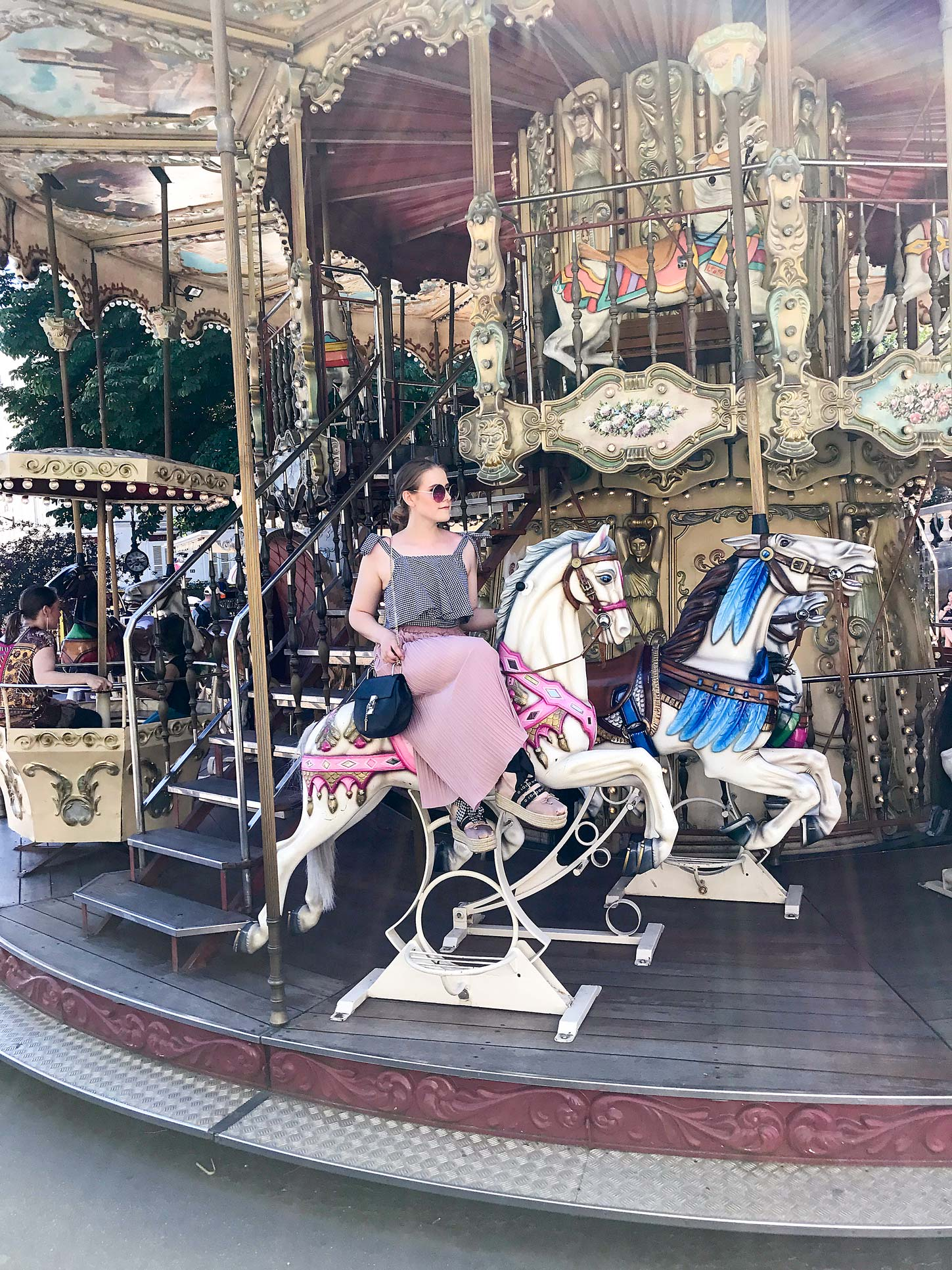 Sacre-Coer-Carousel-Paris-Travel-Guide-Flora-Fallue